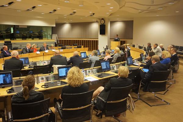 EK:n keskustelutilaisuus Euroopan turvallisuudesta Brysselissä lokakuussa 2016