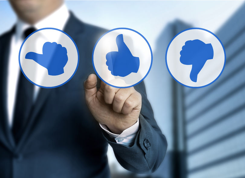 60839215 - thumb icons for customer review concept.