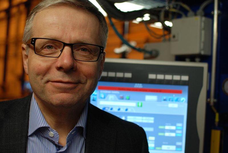Älyn lisääminen ratkaisuihin lisää asiakkaiden tuottavuutta, laatua ja työturvallisuutta. Siksi softan määrä lisääntyy koko ajan, sanoo Pemamekin toimitusjohtaja Pekka Heikonen.